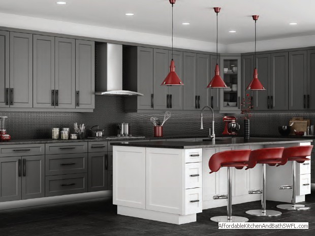 Affordable kitchen and bath fort myers florida for Kitchen cabinets fort myers